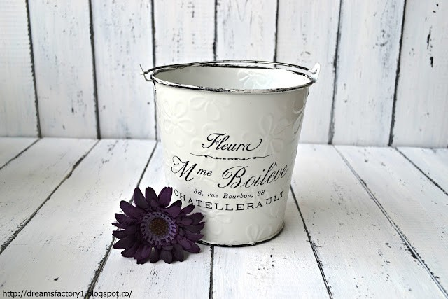 ''French Made'' small metal bucket flower pot