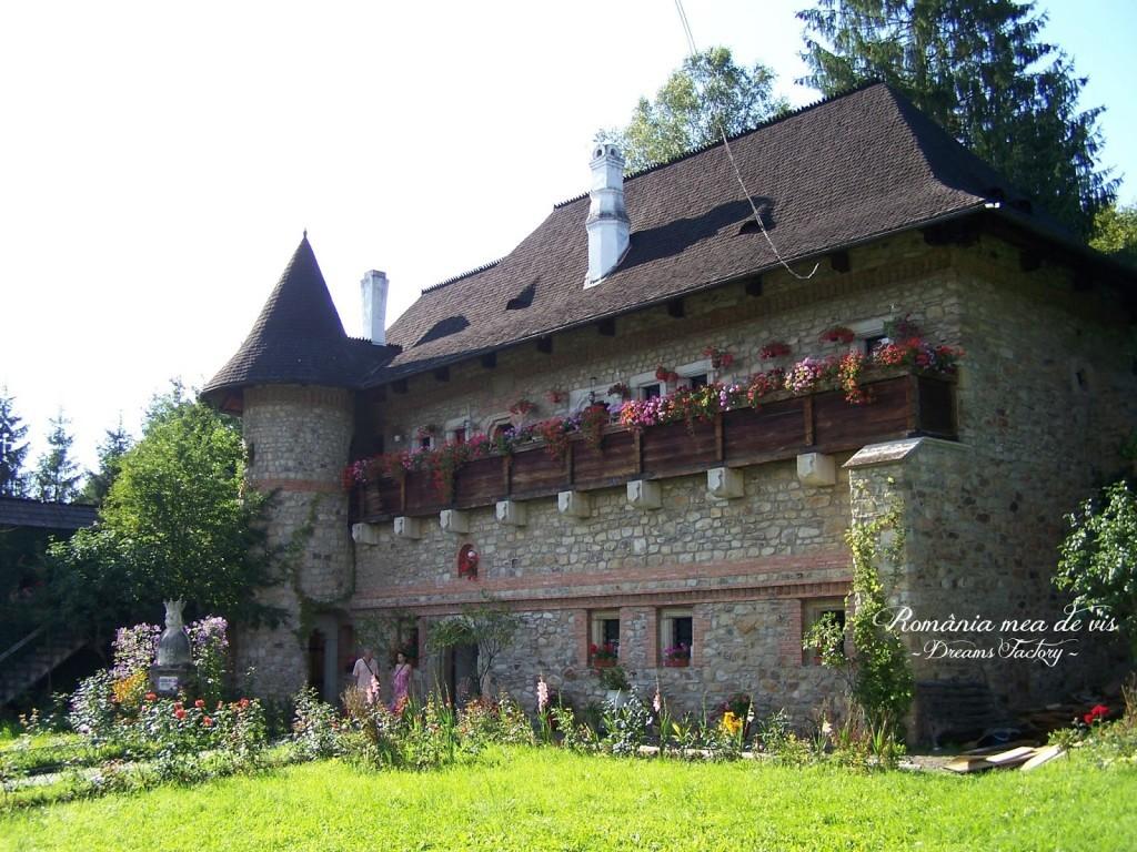 MOLDOVITA MONASTERY / MANASTIREA MOLDOVITA SUCEAVA, ROMANIA | DREAMS FACTORY