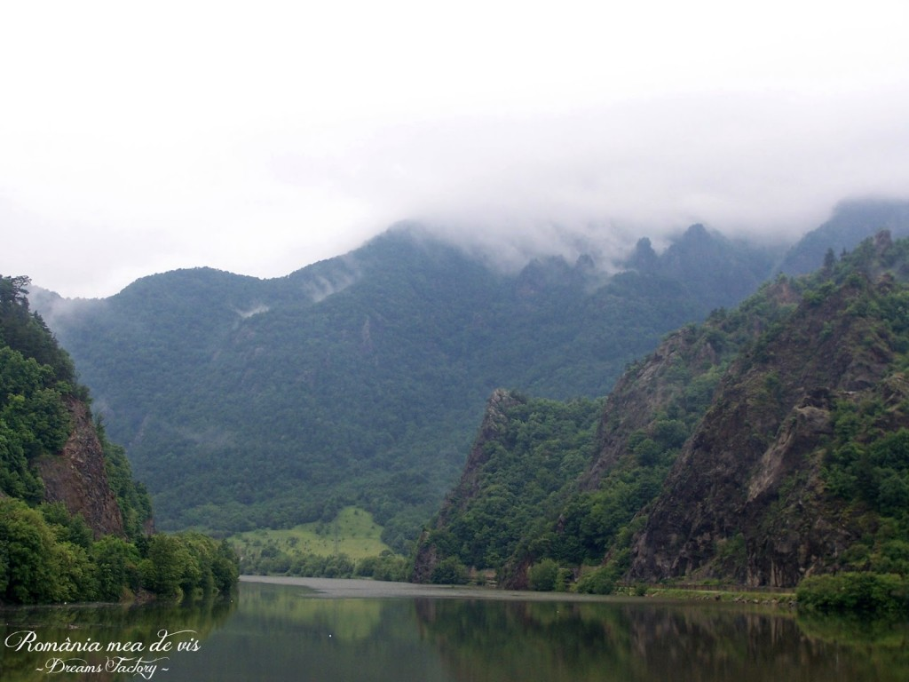OLT VALLEY / VALEA OLTULUI - OLT, ROMANIA | DREAMS FACTORY