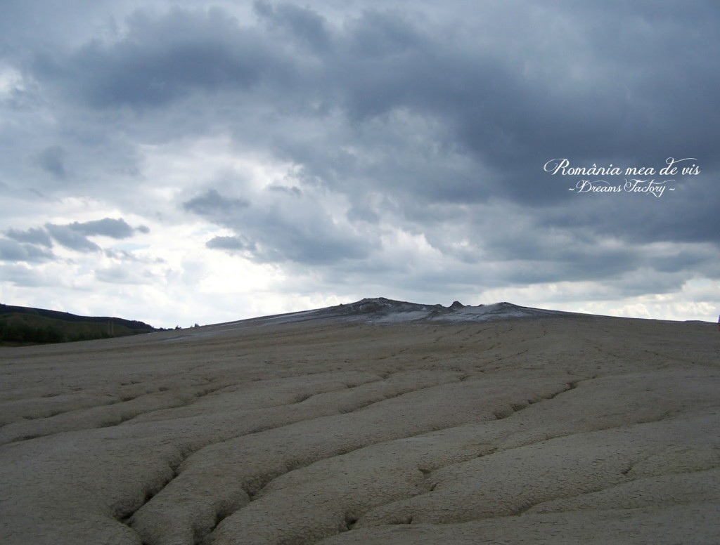 MUDDY VOLCANOES / VULCANII NOROIOSI - Berca, BUZAU, ROMANIA | DREAMS FACTORY