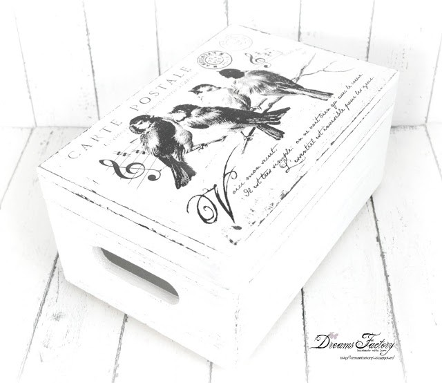 French inspired gifts for Christmas that you can enjoy all year long   www.bydreamsfactory.com
