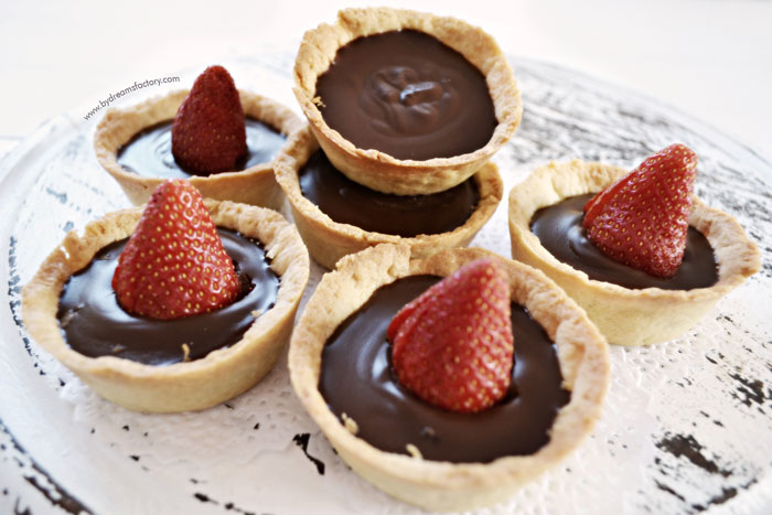 DSC_1429-decadent-chocolate-mini-tarts