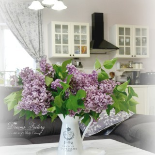 A little bit of happiness and a French tour of our home, filled with lilac and handmade decorations