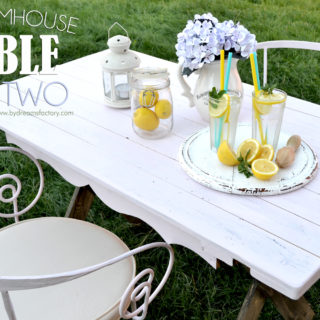 DIY Farmhouse table for two (with a little bit of chicness)