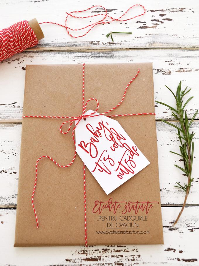 Etichete gratuite pentru cadourile de Craciun - un mod simplu dar frumos de a adauga detalii chic cadourilor de Craciun din acest an
