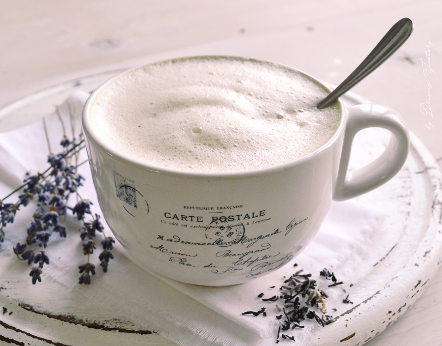 Earl Grey Tea Latte (London Fog) with a secret ingredient