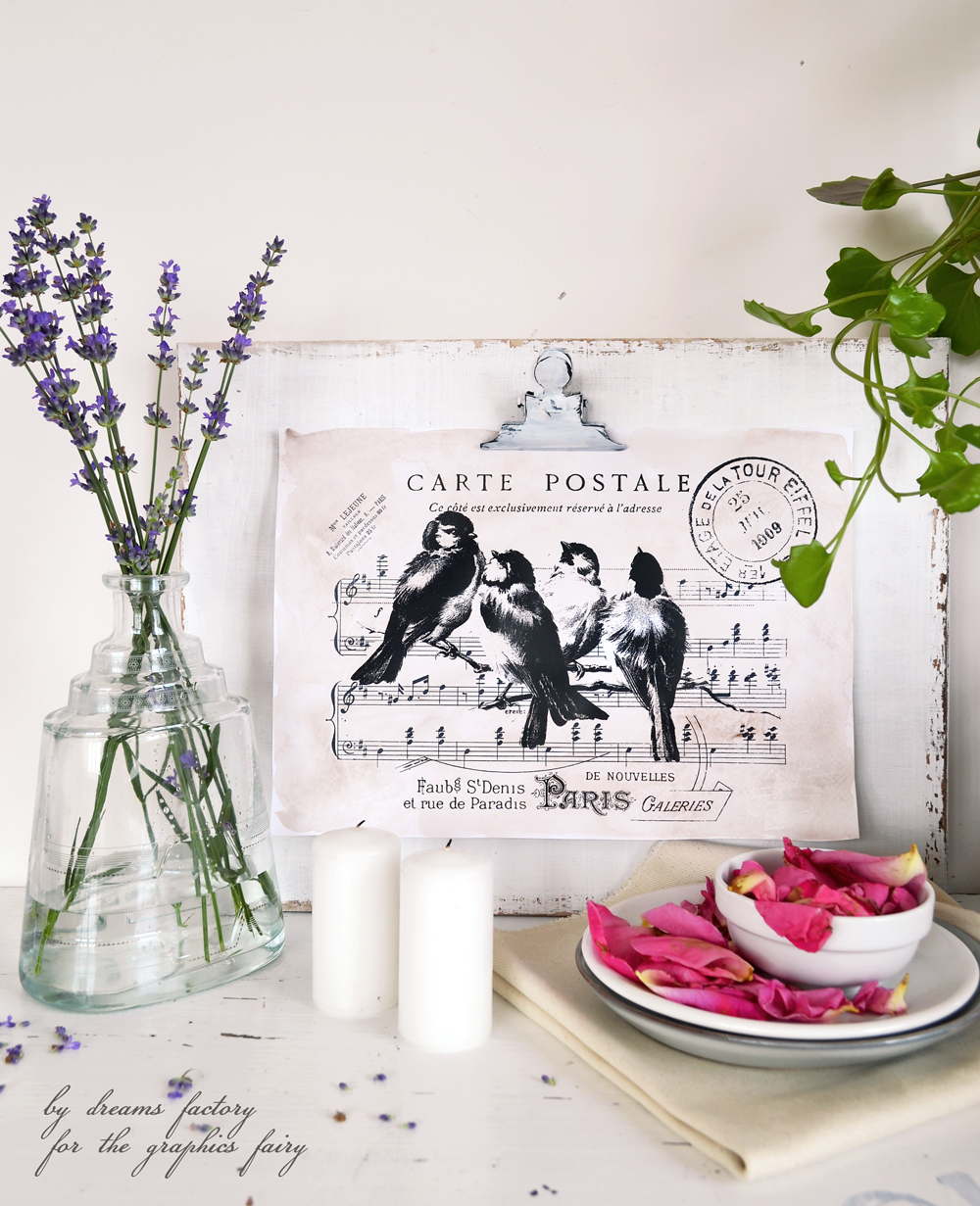 Make this statement item for your home decor - DIY painted and distressed clipboard frame - a highly versatile decorative piece, adaptable to any season - by Dreams Factory