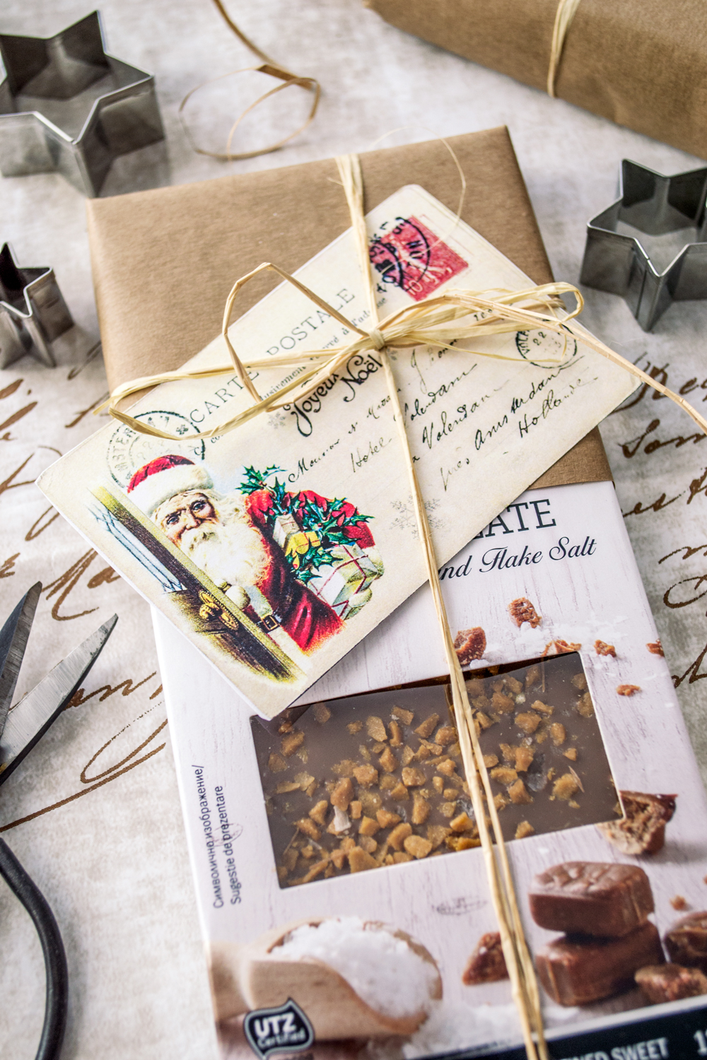 Free Vintage French Christmas Postcards #christmas #freeprintable #french #vintage #postcards